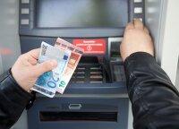 Обналичить деньги в Литве будет все сложнее: какой предлагают выход