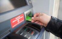 Techninė banko klaida klientei virto skola: tai griauna bet kokį pasitikėjimą