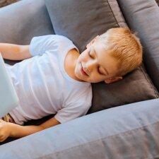 Psichologė: ne tik vaikui iki 6 metų amžiaus, bet ir pradinukams nesaugu namuose likti vieniems