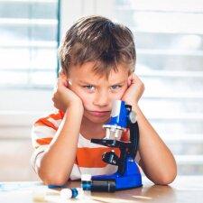 Vaikas pirmokas, o į mokyklą eiti jau nebenori: psichologės komentaras