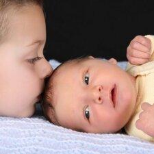 Ko daugiau atneša šeimai vaiko gimimas: džiaugsmo ar streso?