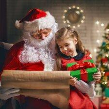 Ką vaikai ras po eglute per šias Kalėdas: įvardijo populiariausias dovanas