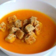 Gardžioji morkų sriuba
