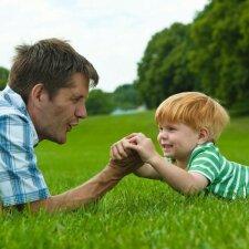 Ką sugeba dvejų metų vaikai ir kaip juos reikia lavinti