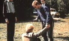 """""""Taip gyventi negalima"""", 1990, režisierius ir scenarijaus autorius Stanislavas Govoruchinas."""