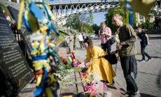 Lietuvos ir Latvijos atstovai Eurovizijoje pagerbė kovojusius už Ukrainos laisvę