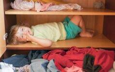 Neįprastą verslą pradėjusi lietuvė ragina keistis dėvėtais vaikų rūbais