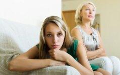 8 nuodingi mamos ir dukters santykių tipai – ką daryti?