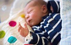 Moteris sužinojo esanti nėščia likus 15 minučių iki gimdymo