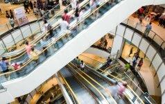 За границей в торговых центрах проводят досуг, в Литве – приводят в порядок дела