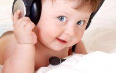 Kaip tėvams atpažinti, kad vaikas yra gabus muzikai?