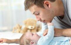 Kūdikio lavinimas: 45 žaidimų idėjos nuo gimimo iki vienerių metų