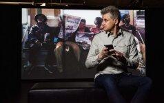 """""""J traukiniu į Manhataną ir atgal 24-7-365 HD 1 dalis, 2 dalis, ir 3 dalis"""", 15 minučių videoprojekcija, 2017 m."""