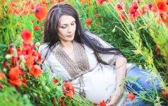 9 nėštumo savaitė: kūdikio veidas tampa atpažįstamas