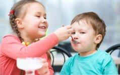 Psichologės patarimai, kad vaikai ne kariautų, o mylėtų vienas kitą