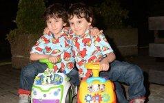Siamo dvynukai: išskirtinė gyvenimo istorija FOTO