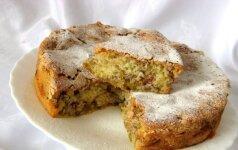 Cinamoninis rabarbarų pyragas