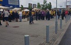 """Evakuojama """"IKEA"""" parduotuvė Vilniuje"""