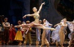 Scenoje – klasikinio baleto šventė