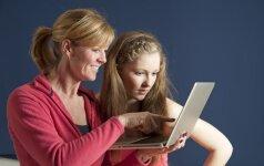 """Moteris """"Facebook'e"""" surado prieš 22 metus atiduotą dukrą (FOTO)"""