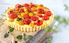 Nesaldus pyragas su pomidorais