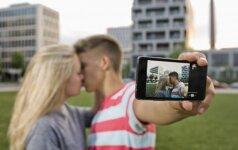 Ką daryti tėvams sužinojus, kad paauglys jau gyvena intymų gyvenimą