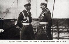 Nikolajus II (kairėje)