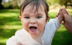 Vaikui smarkiai supykus, tėvai ignoruoja arba baudžia: pamirškite tai – yra geresnė išeitis