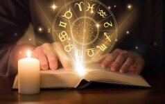 Horoskopas spaliui: žvaigždės žada netikėtumų įvairiose gyvenimo srityse