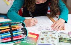 """""""Kitoks vaikas mokykloje: patarimai tėvams ir pedagogams"""