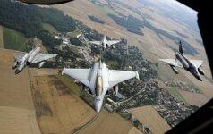 В Шяуляй приземлились истребители ВВС Франции