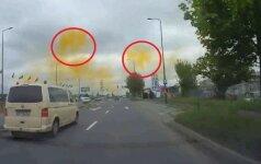 Dwutlenek siarki nad miastem