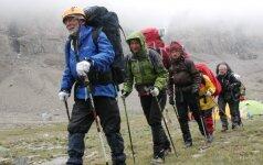 Į kalnus tūkstančius išvedęs 75-erių keliautojas: senatvės gyvenime nėra