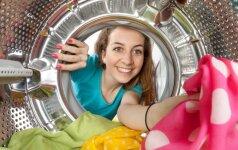 Gudrybė, kuri palengvins skalbimą ir saugos skalbimo mašiną nuo pelėsio bei kalkių