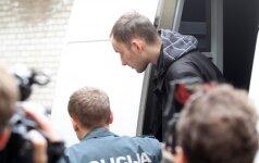 Egidijus Anupraitis atvežtas į teismą