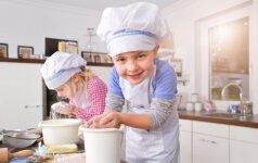 Psichologė: leiskite vaikui išplauti indus – net jei po to teks perplauti