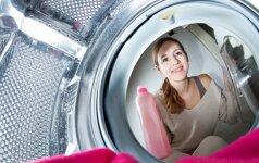 Kuo skalbti kūdikių ir vaikų drabužius: pataria ekspertė