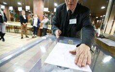 61-erių metų vyras papasakojo, kaip planuoja balsuoti