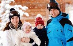 Karališkoji šeima parodė paaugusius vaikus – princą George ir princesę Charlotte