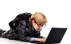 Facebook pavojai vaikams: ką turime žinoti