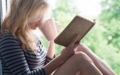 """J. Melniko romano """"Dangaus valdovai"""" recenzija: knyga moterims apie vyriškos sielos gelmes"""