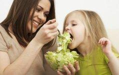 Žaliavalgių šeima savo vertybes perduoda ir dukrytei