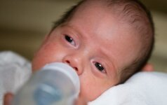 NEĮTIKĖTINA: mirusiai moteriai gimė sūnus (FOTO)