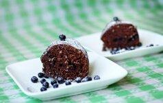 Šokoladinis pyragas su mėlynėmis mamos receptas