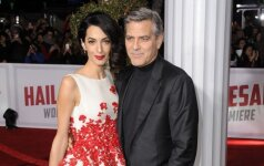 Patvirtinta: Amal Clooney laukiasi dvynukų!