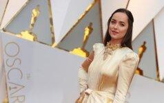 """Kvapą gniaužiančios """"Oskarų"""" suknelės – kas šiemet atrodė geriausiai? (FOTO)"""