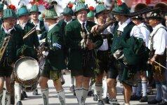 Vokietijoje prasidėjo garsiausia alaus šventė - Oktoberfestas