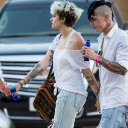 Michaelo Jacksono dukrelė nenustoja maištauti: dalinasi pikantiškais kadrais (FOTO)