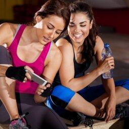 Pasitinkant pavasarį: 5 sporto pratimai, sutvirtinsiantys kūną