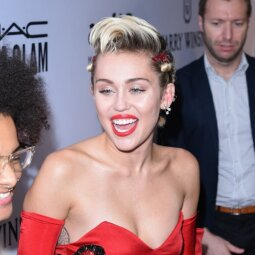 Neįtikėtinos Miley Cyrus transformacijos: virto kitu žmogumi (FOTO)